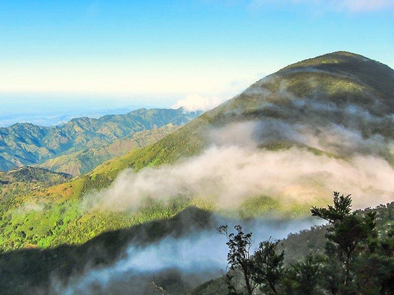 blue-mountains-jamaica-uitzicht