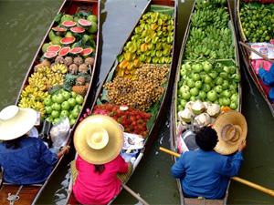 thailand-reis-drijvende-mar