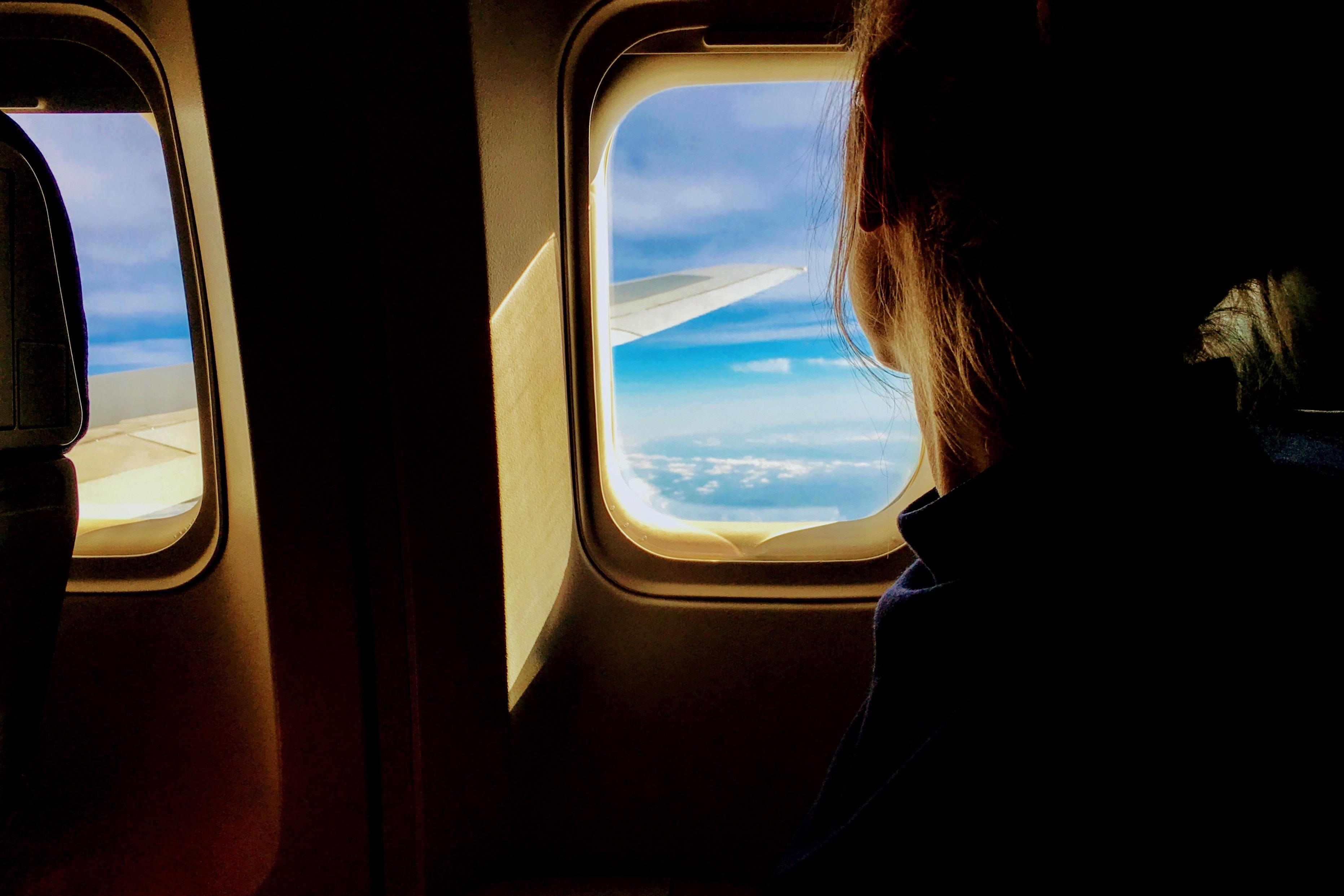 In vliegtuig
