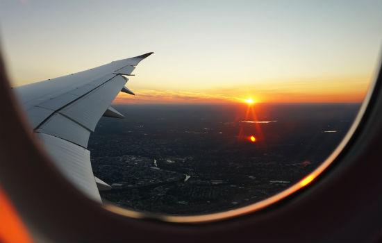 zonsondergang_vliegtuig