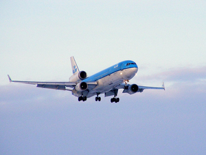 klm-vliegtuig-vliegen-reizen