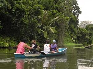 tortuguero kano costa rica