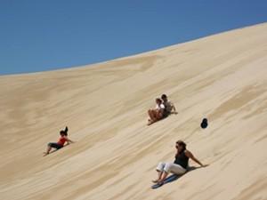 peru huacachina sandboarding