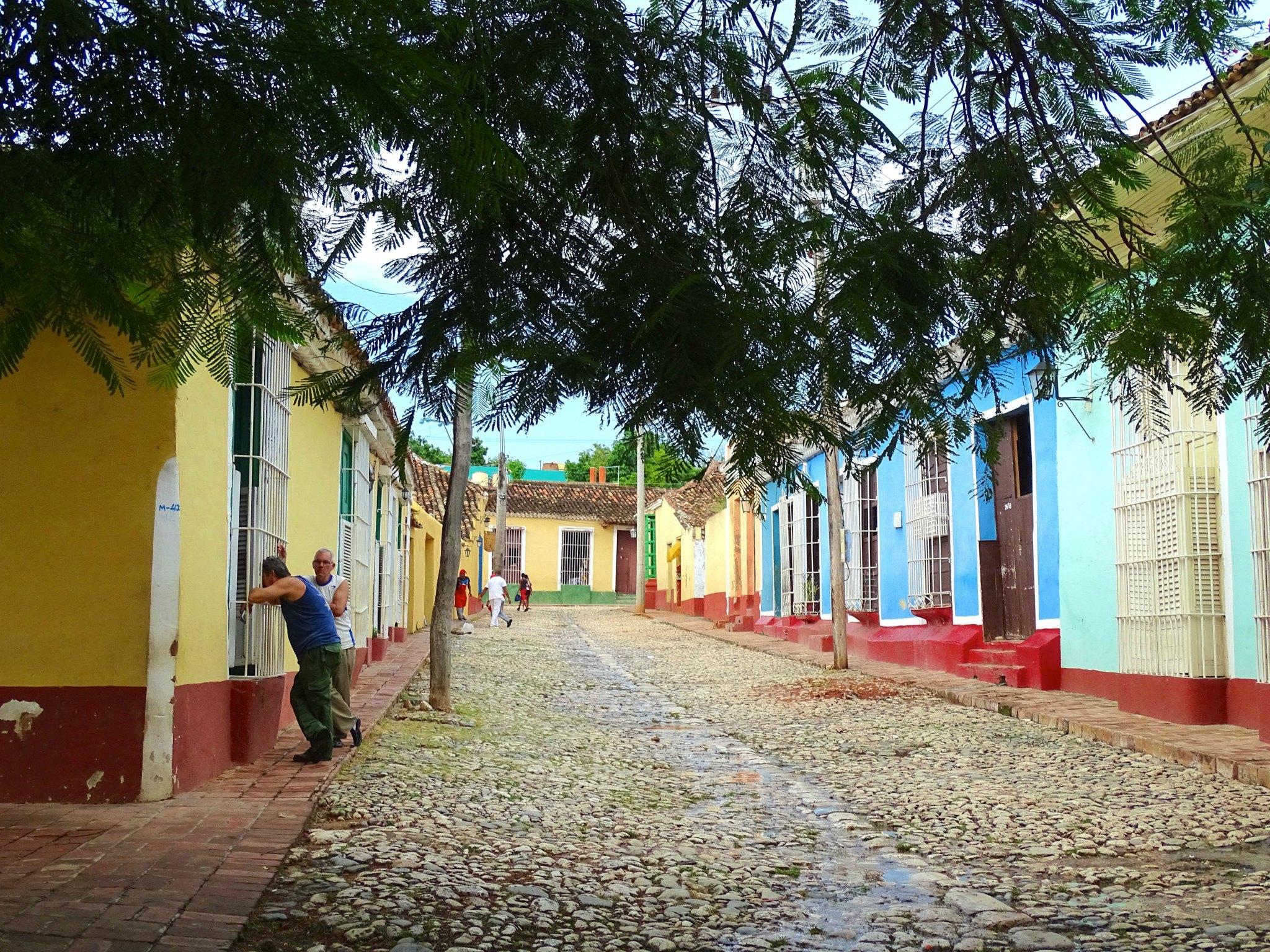 cuba-met-kinderen-trinidad